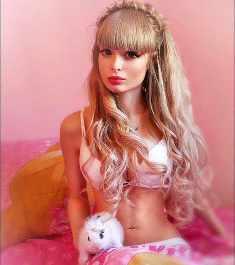 Обычные девочки стали куклами Барби. Как они этого добились?