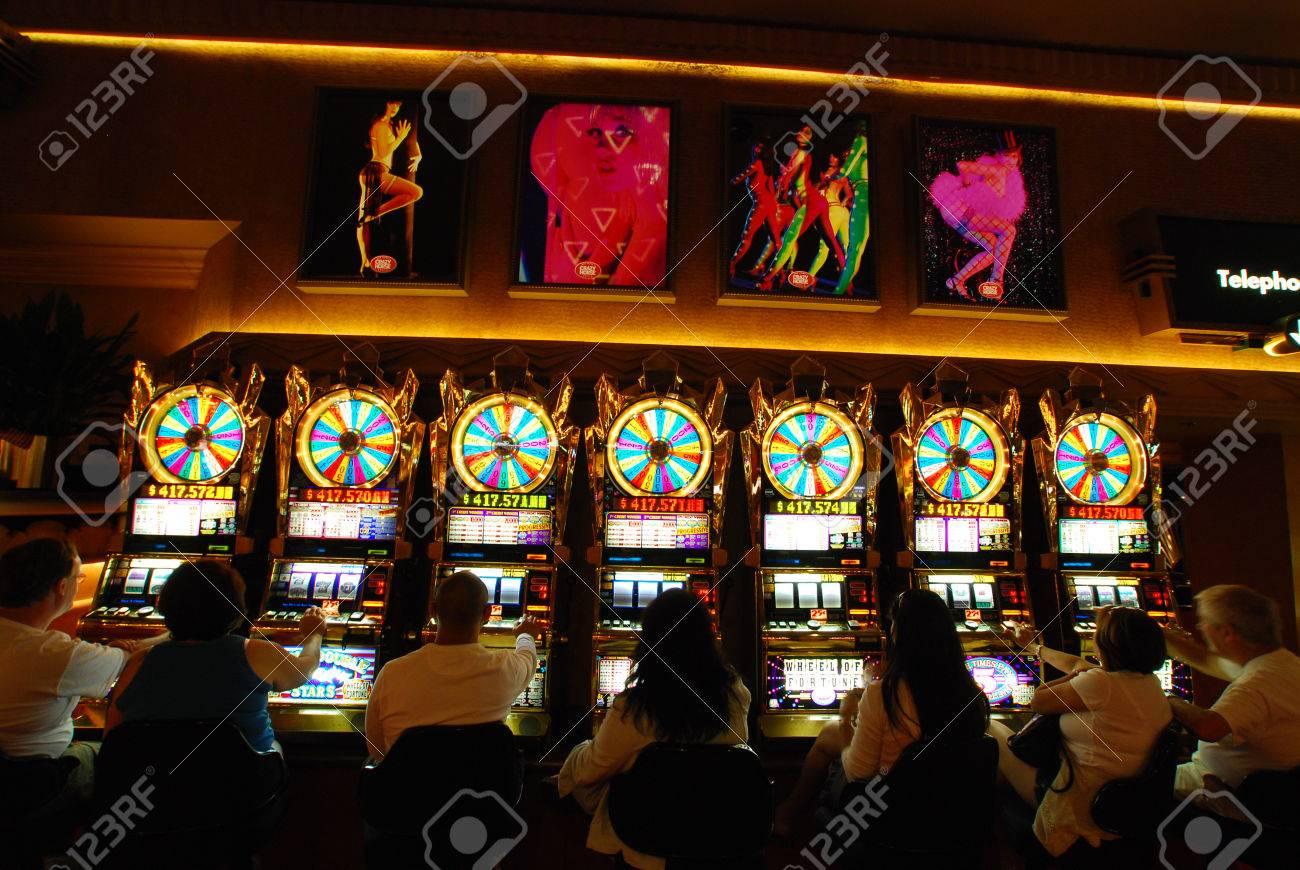 Вулкан казино — лучшие онлайн игры 777 бесплатно и без ...