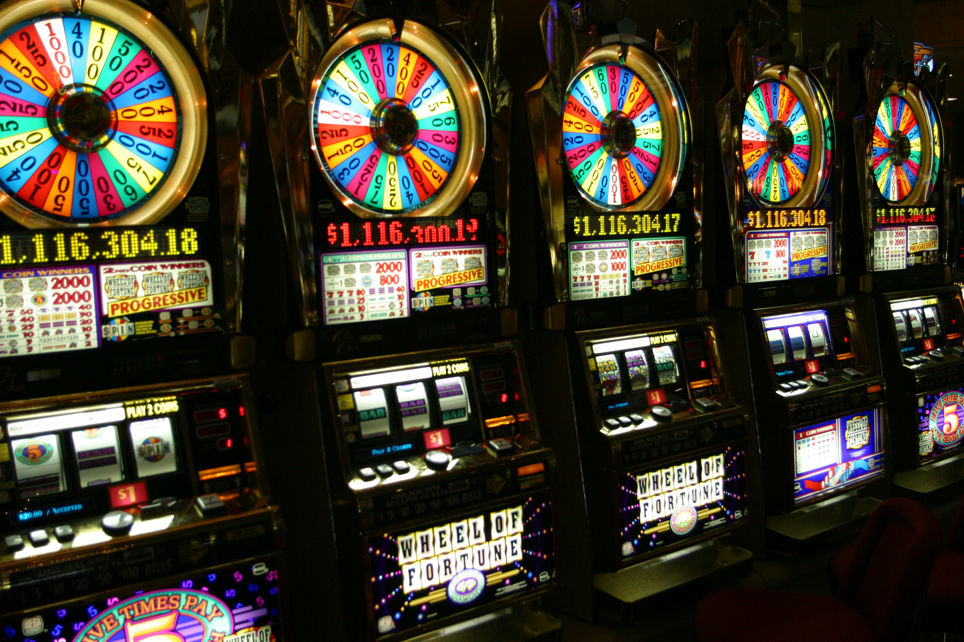 Учимся играть в казино Вулкан на деньги