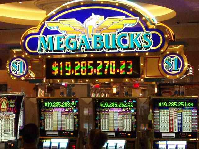 Почему слоты в казино Вулкан такие популярные